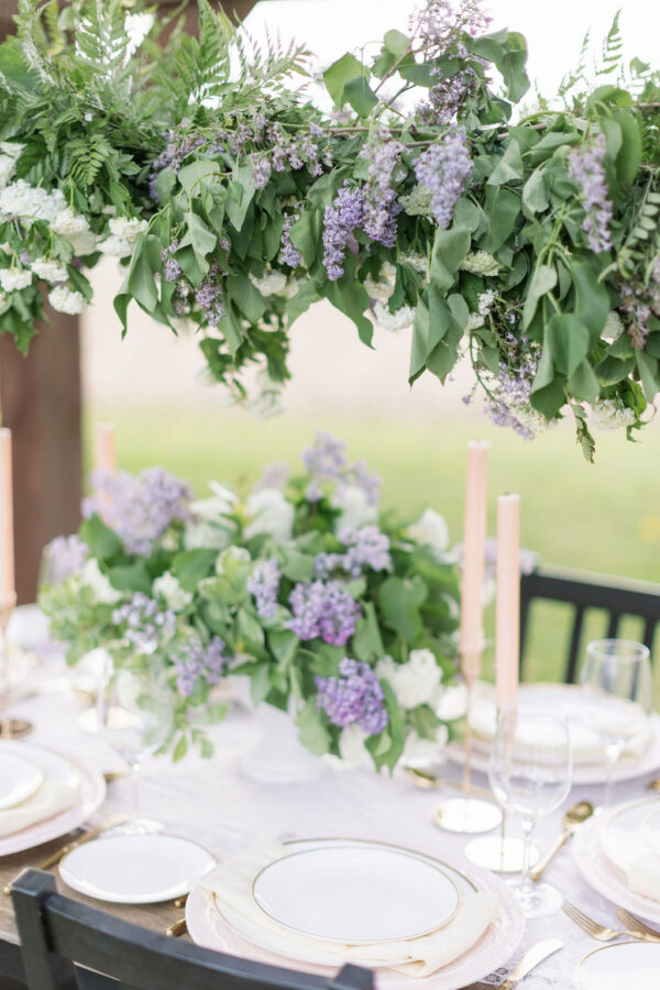 Lilac wedding tablescape 4