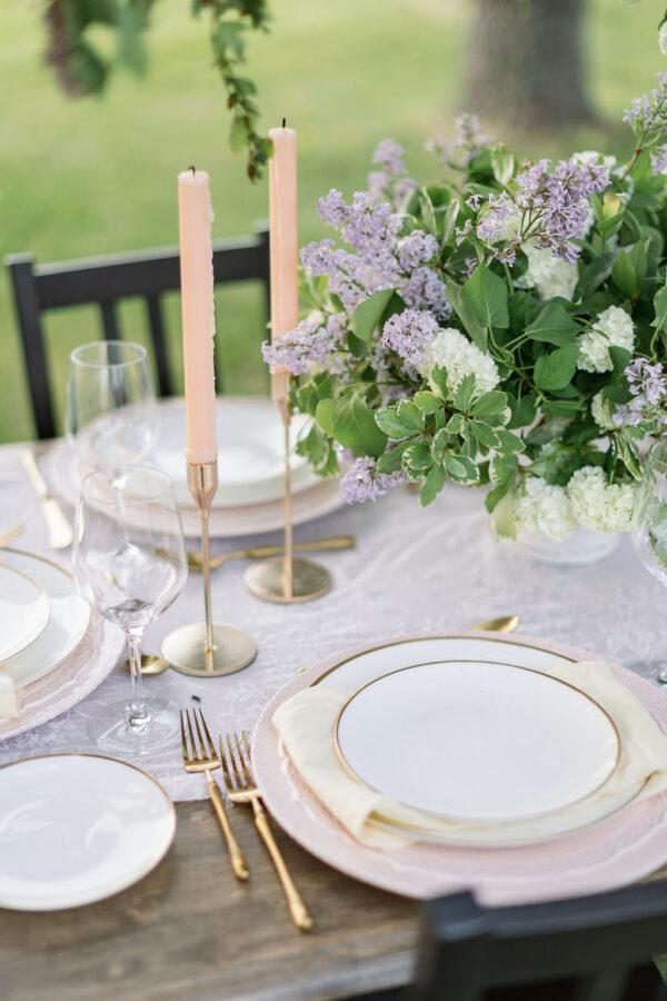 Lilac wedding tablescape 6