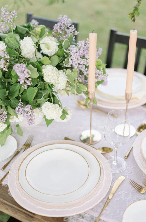 Lilac wedding tablescape 7